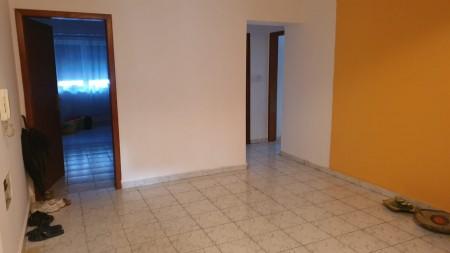 Apartament 3+1 - Shitje Rruga Kongresi i Manastirit