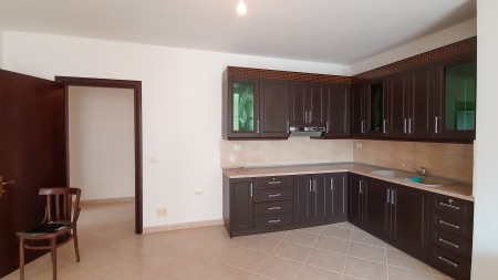 Apartament 2+1 - Qira Rruga Aleksandri i Madh