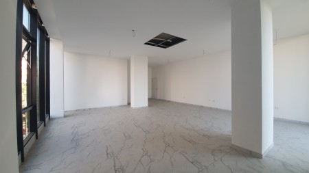 Office - For Rent Rruga e Barrikadave