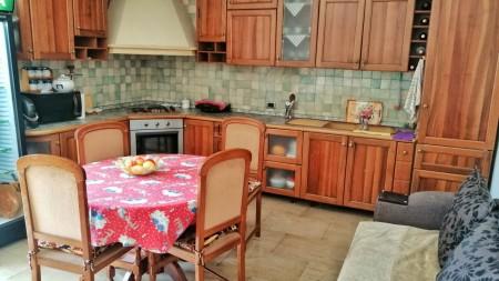 Apartament 3+1 - Qira Rruga Dritan Hoxha