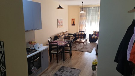 Apartment 1+1 - For sale Rruga Zhegu