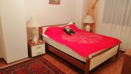 Apartament 2+1 - Qira Rruga Petro Nini Luarasi
