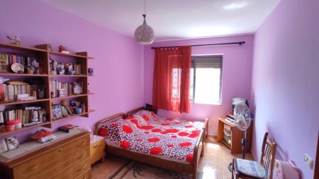 Apartament 2+1 - Shitje Rruga Asim Vokshi