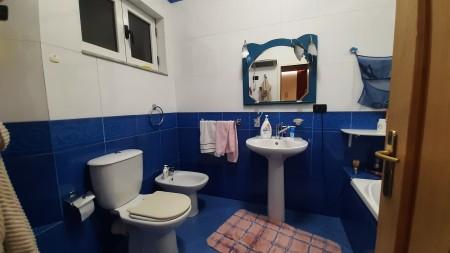 Apartament 3+1 - Qira Rruga Petro Nini Luarasi