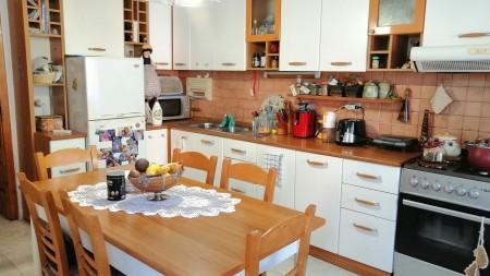 Apartament 2+1 - Qira Rruga Qemal Guranjaku