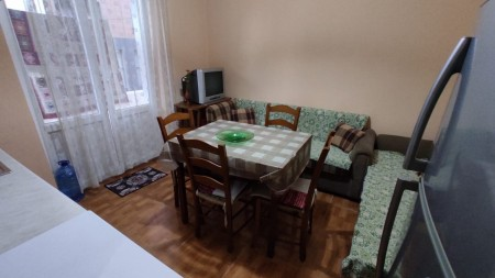 Apartament 2+1 - Qira Rruga Myslym Shyri