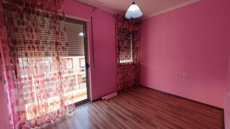 Apartament 3+1 - Qira Rruga Haxhi Hysen Dalliu