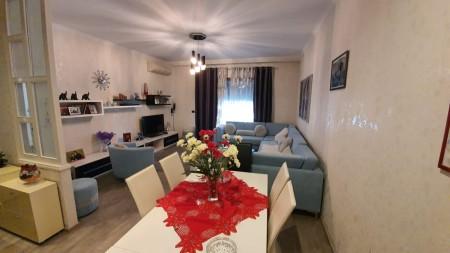 Apartament 3+1 - Qira Bulevardi Gjergj Fishta
