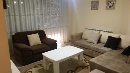 Apartament 3+1 - Qira Rruga Ymer Kurti