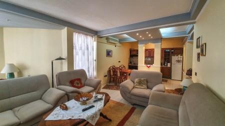 Apartment 3+1 - For sale Rruga Perlat Rexhepi