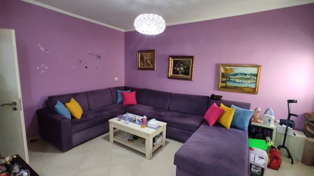 Apartament 1+1 - Shitje Rruga Zef Jubani