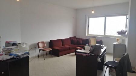 Apartament 1+1 - Shitje Rruga Panorama