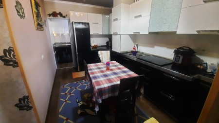 Apartament 2+1 - Shitje Rruga Albanopoli