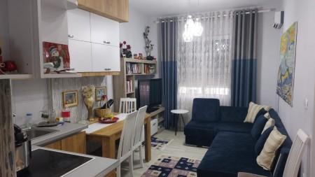 Apartament 2+1 - Shitje Rruga Bardhyl