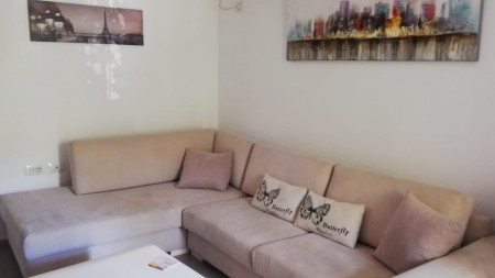 Apartament 1+1 - Shitje Rruga Ylbere Bylykbashi