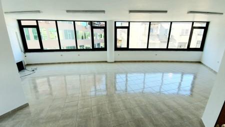 Zyrë - Shitje Rruga Qemal Stafa