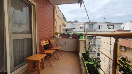 Apartament 2+1 - Qira Rruga Eduard Mano