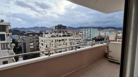 Apartment 3+1 - For sale Rruga Abdyl Frashëri
