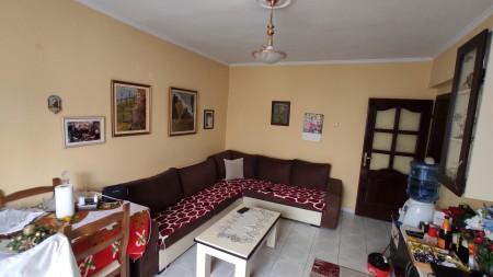 Apartament 1+1 - Shitje Rruga Vaso Pasha