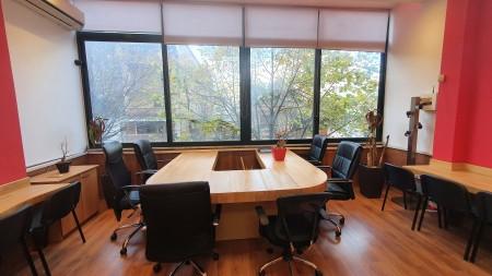 Zyrë - Qira Rruga Frederik Shiroka