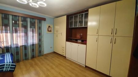 Apartament 2+1 - Shitje Rruga Beqir Luga