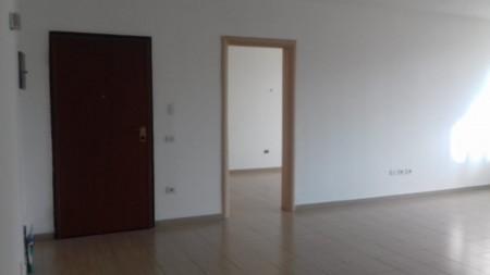 Apartament 4+1 - Qira Rruga Tefta Tashko-Koço