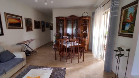 Apartment 2+1 - For sale Rruga Hamdi Sina