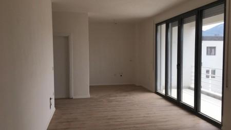 Apartament 1+1 - Shitje Bajram Curri Boulevard