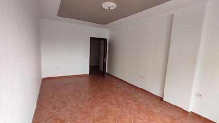 Apartament 2+1 - Shitje Rruga 5 Maji