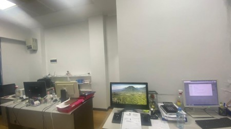 Zyrë - Qira Bajram Curri Boulevard