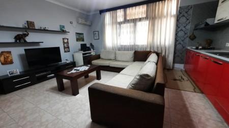 Apartament 2+1 - Shitje Rruga Vllazën Huta