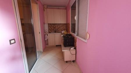 Apartament 1+1 - Qira Rruga 4 Dëshmorët