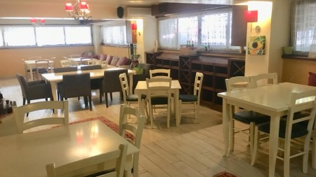 Bar-Restaurant - Qira Sheshi Uillson