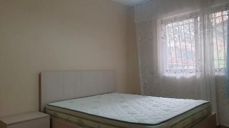 Apartament 2+1 - Qira Rruga Idriz Dollaku