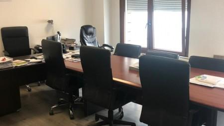 Zyrë - Qira Bulevardi Gjergj Fishta
