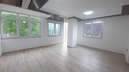 Office - For Rent Rruga Sheh Ahmet Pazari