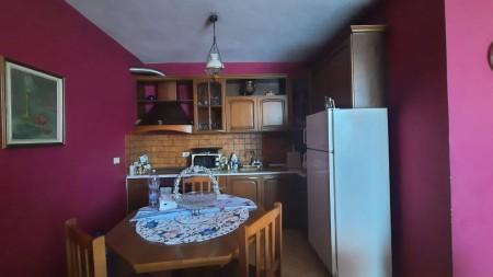 Apartament 1+1 - Qira Rruga Petro Nini Luarasi