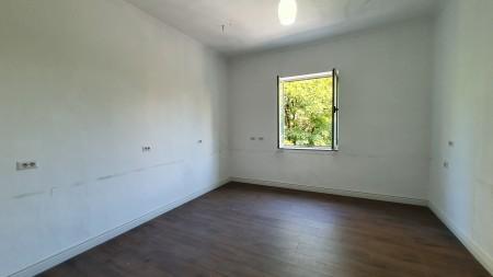 Apartament - Qira Rruga Sami Frashëri