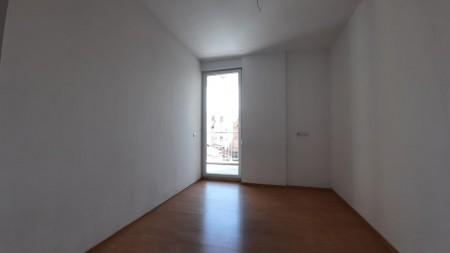 Apartament 2+1 - Shitje Rruga Frederik Shiroka
