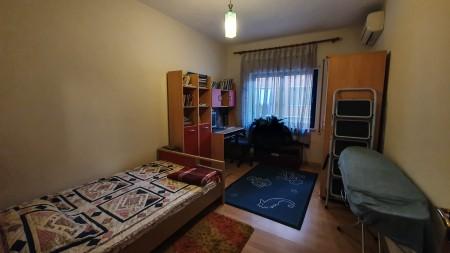 Apartament 3+1 - Qira Rruga e Barrikadave