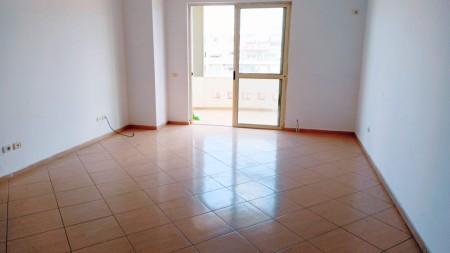 Apartment 1+1 - For sale Rruga Frang Bardhi