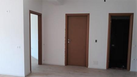 Apartament 2+1 - Shitje Rruga Bedri Karapici
