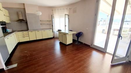 Apartment 3+1 - For sale Rruga Ibrahim Dervishi