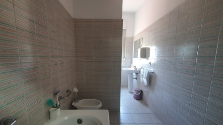 Apartament 3+1 - Shitje Bulevardi Zhan D'Ark