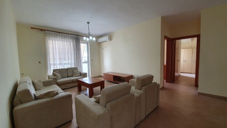 Apartment 4+1 - For sale Rruga Mujo Ulqinaku