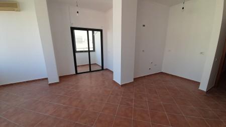 Apartament 2+1 - Shitje Rruga Fadil Rada