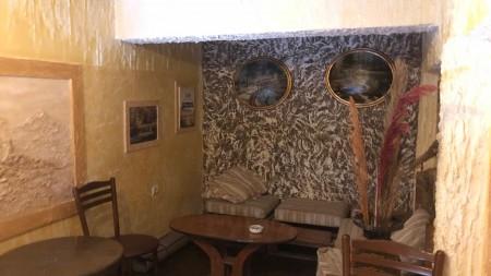 Bar-Restaurant - For Rent Komuna e Parisit