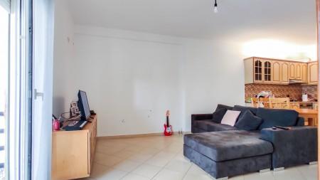 Apartament 2+1 - Shitje Rruga Mahmut Fortuzi