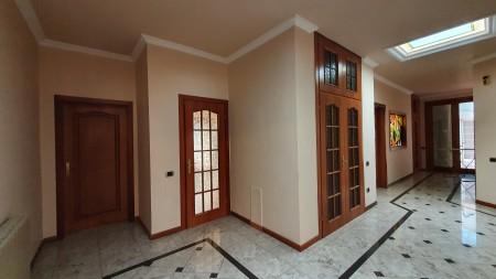 Penthouse - For sale Rruga Haxhi Kika