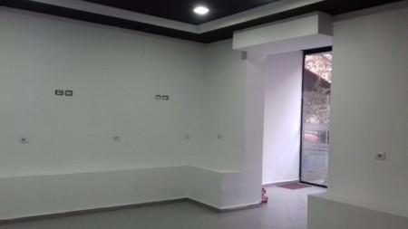 Dyqan - Shitje Rruga Kongresi i Manastirit